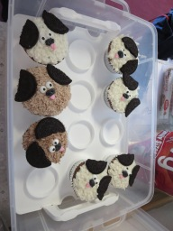 FATDOG 2017 DOG Cupcakes